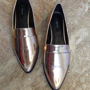 Metalic loafers